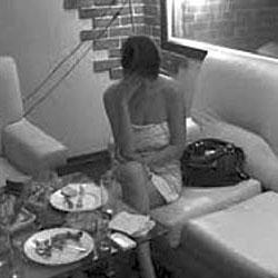 Проститутка обокрала любовника в сауне